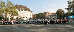 Komitee für eine reformierte Kirchgemeinde Zürich - gemeinsame Teilete auf dem Helvetiaplatz